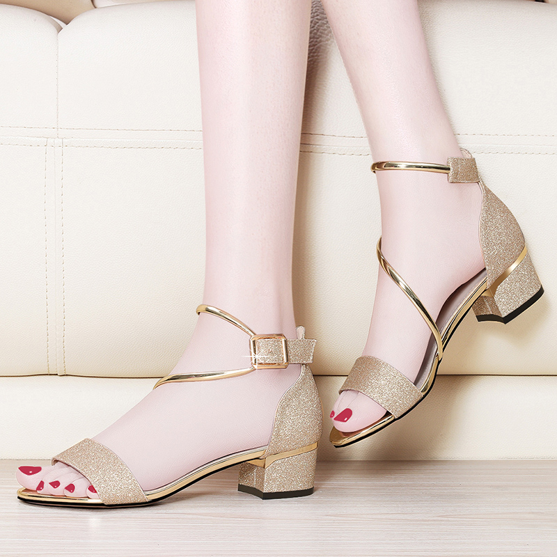 433c059fa50 Sandals female 2018 summer new Korean version of the sexy open toe lady high  heels simple word buckle sandals shoes
