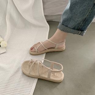 Сандалии женщина фея ветер 2020 новый лето модный, подходит ко всему чистый красный бандаж рим прохладно торможение ins волна квартира обувной
