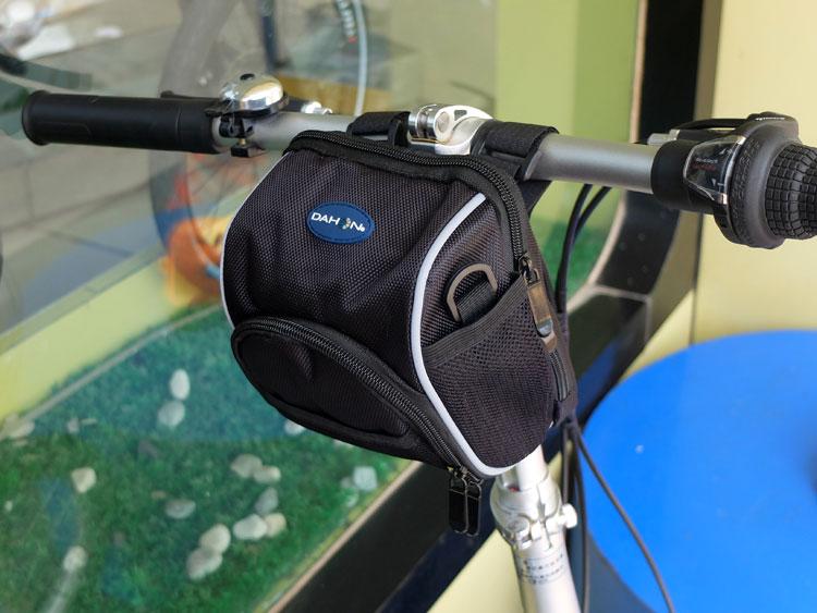 【9折免運】 包儲物收納電動自行車摩托踏板滑板袋籃箱盒掛小防水防雨放手機置【設計的店】