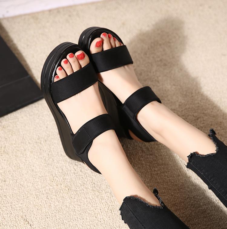 凉鞋女夏季新款坡跟高跟韩版罗马平底鬆糕厚底魔术贴女鞋子详细照片