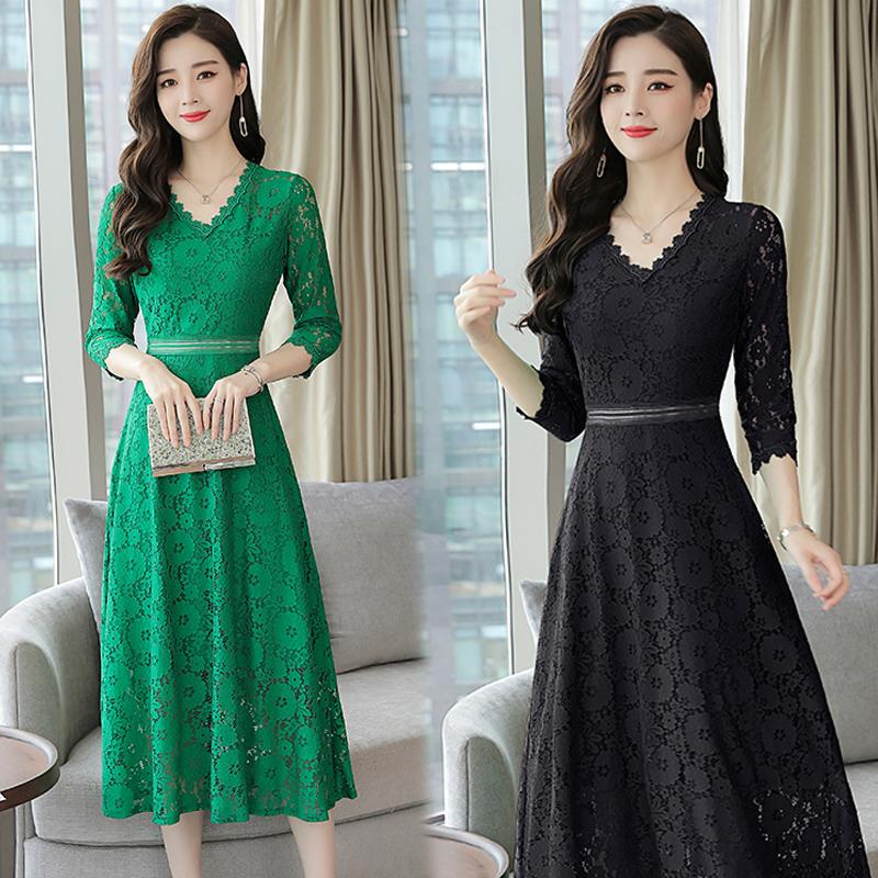 黑色连衣裙女2018新款打底蕾丝长袖中长款收腰韩版气质淑女秋冬裙