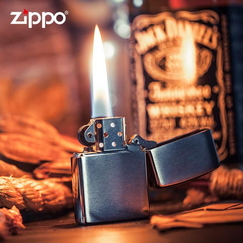 美国原装ZIPPO打火机正版 正品拉丝专柜简约版200标志煤油打火机