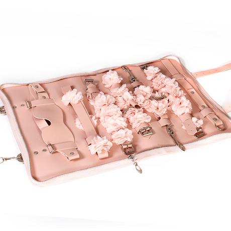 | Цена 4651 руб | См кожаный кнут мужской Раб реквизит наказать эротические приборы в комплекте инструменты флирт поставки игрушки наручники секс ненормальная кровать верх