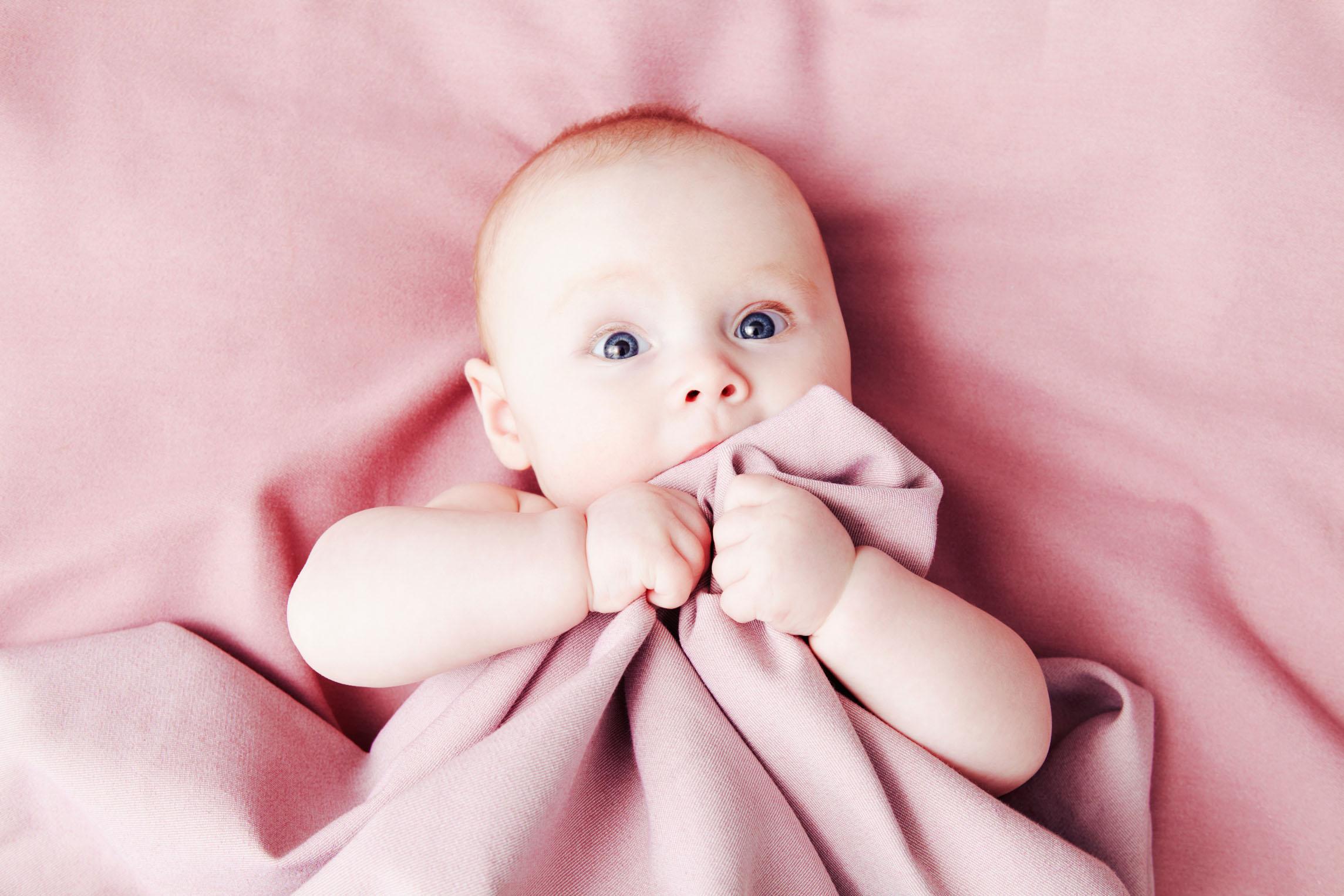 宝宝不爱吃奶粉,试试这几种方法!