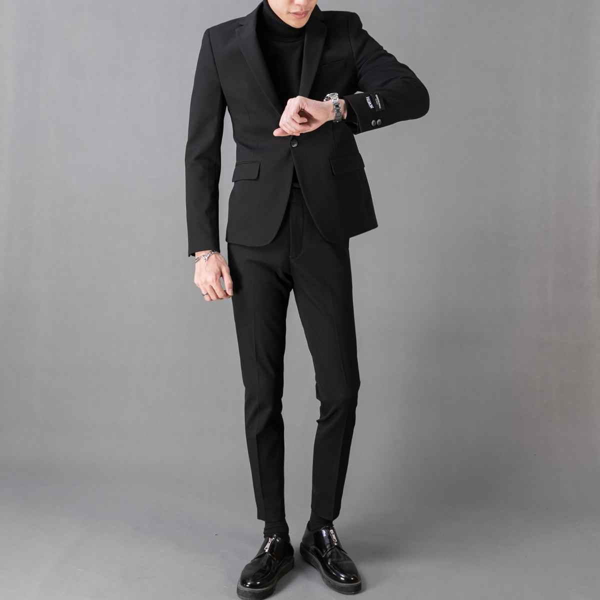 Black (suit + Sweater + Trousers)
