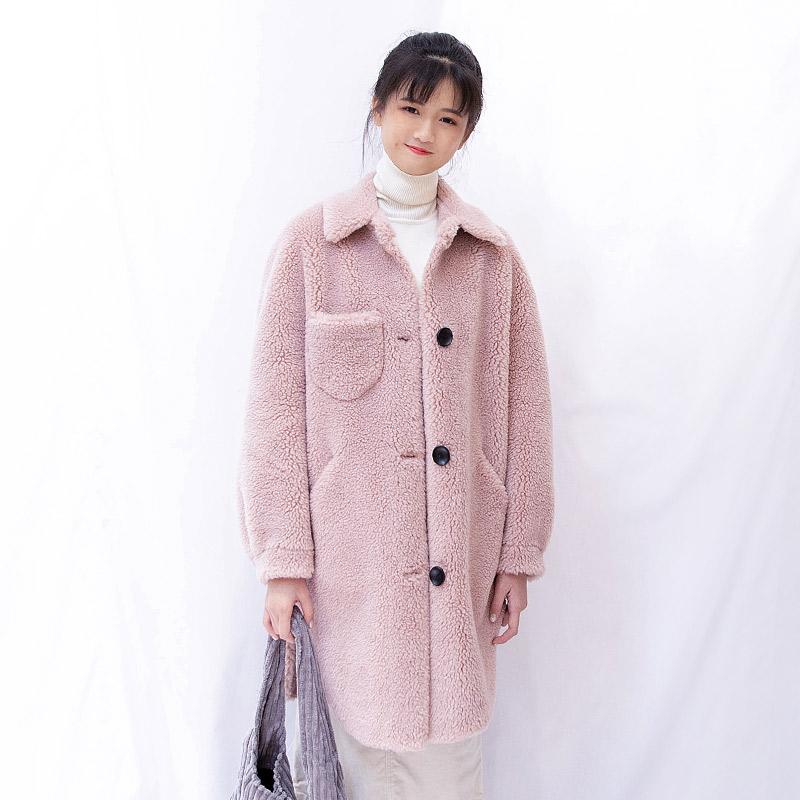 2019新款一体色藕粉剪绒衣服绒外套女中长款冬季颗粒大衣羊羔皮毛