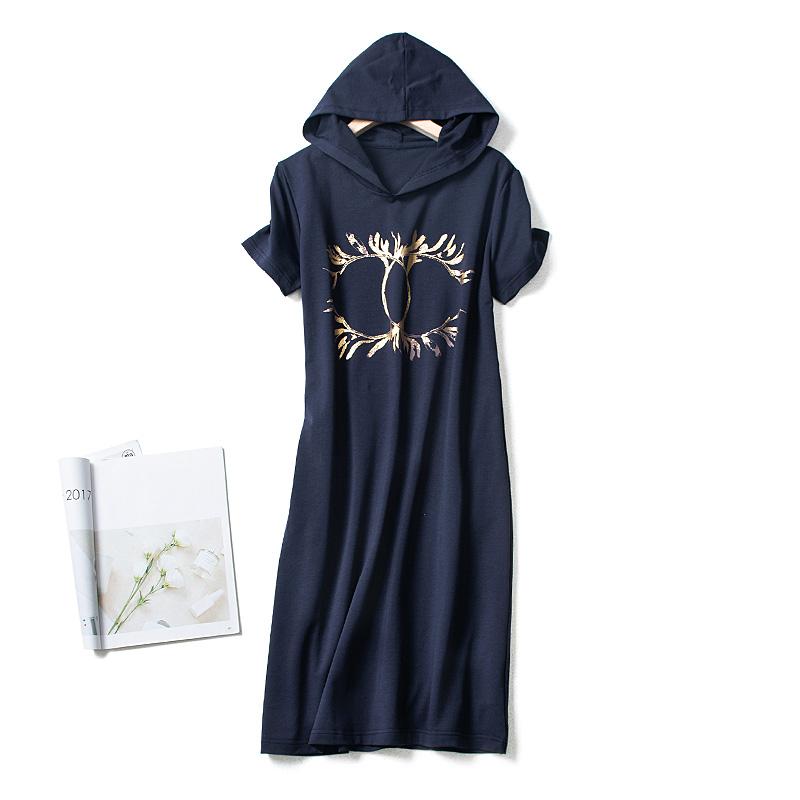 欧美衣裙烫金大牌印花连帽卫鹿角长款夏季薄款修身氨棉薄款连衣裙