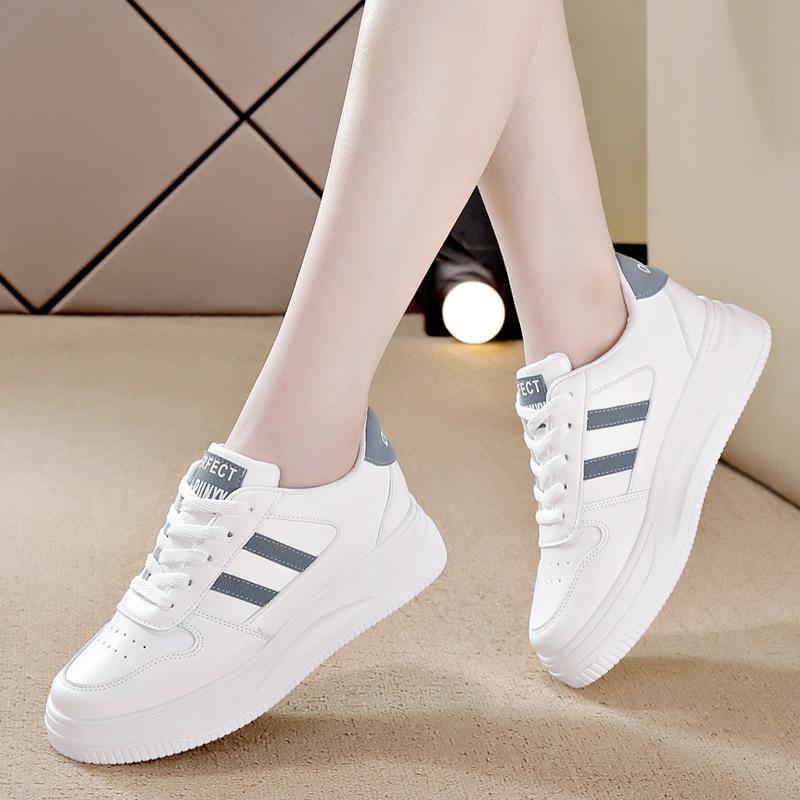 小白鞋女学生百搭潮流2021夏季新款休闲鞋运动板鞋子厚底女鞋ins