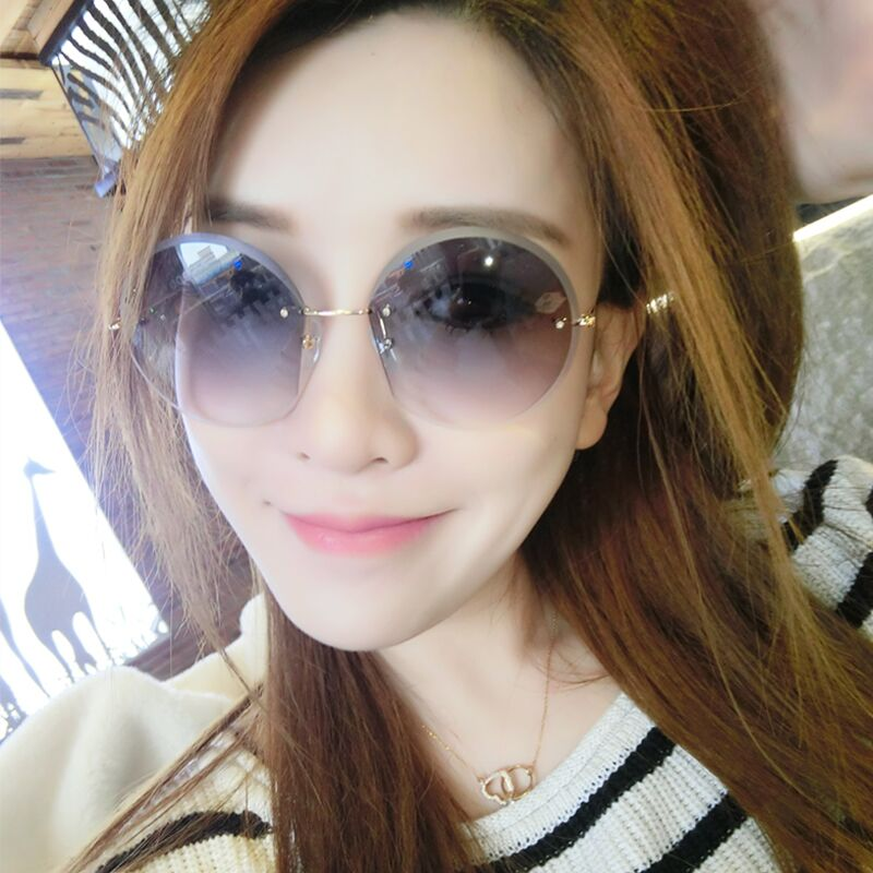 5be8e3d325af Sunglasses female star models glasses 2019 New elegant driver personalized  sunglasses ladies round face Korean version of the network red tide