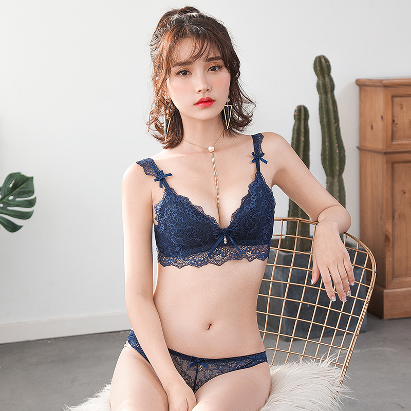 df88fed747 Demon honey sexy lace thin cup bra girl deep V-shaped side bra thin section  female underwear suit