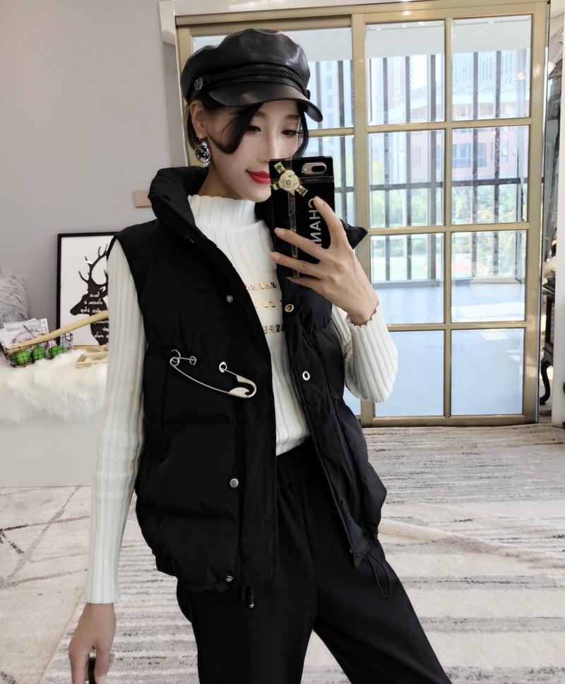 Áo khoác lửng đẹp 2018 thu đông mới của phụ nữ hoang dã áo gió gió bông không tay áo vest cotton