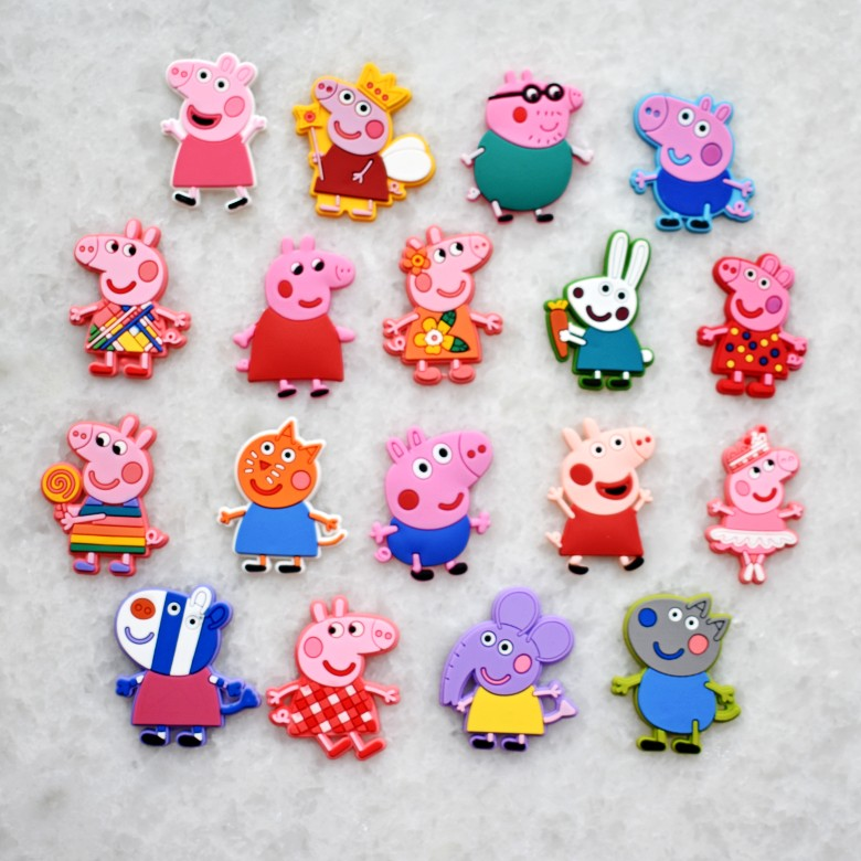 Set Of 18 Pink Pigs