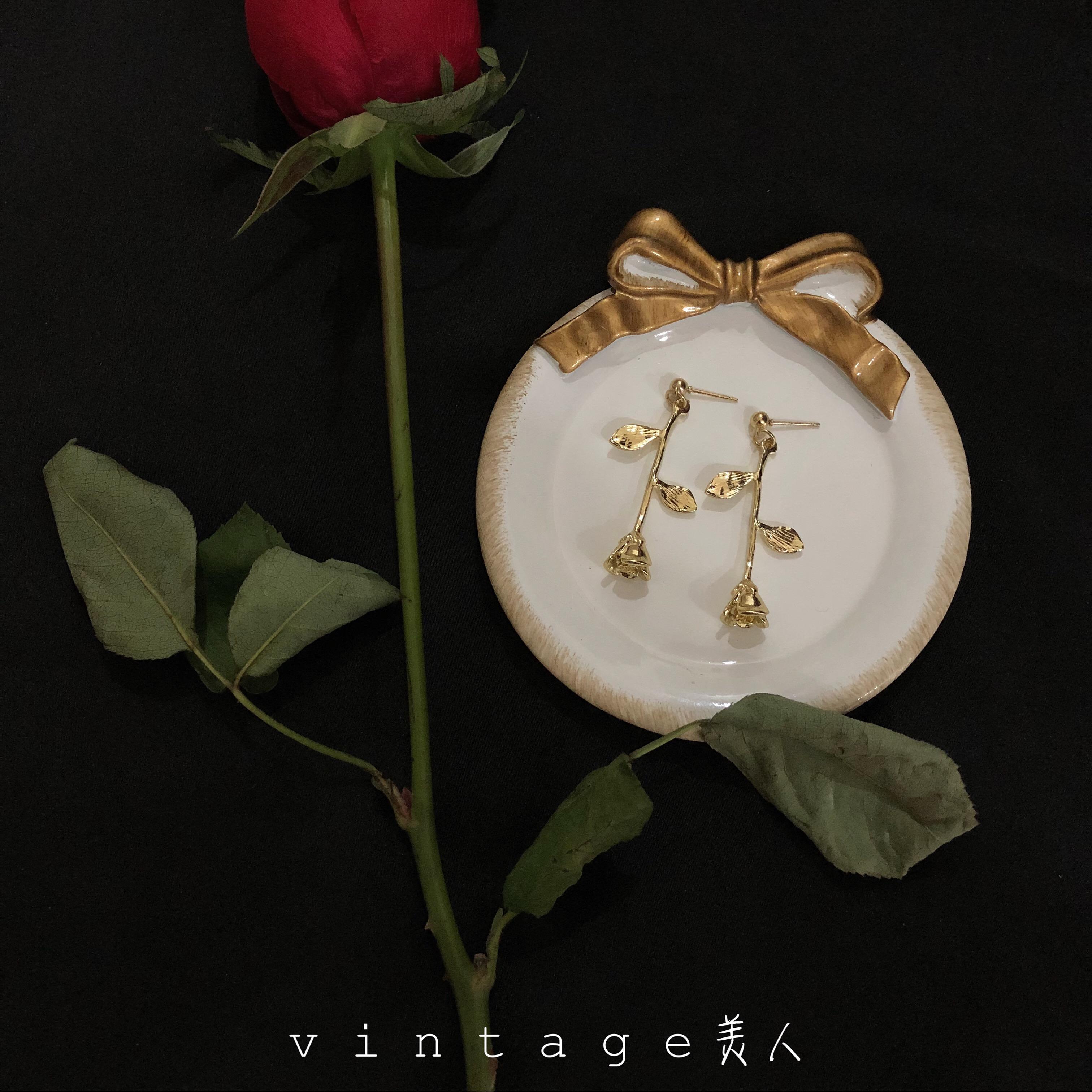 Manchester金色玫瑰 复古巴洛克浪漫抽象派油画感金玫瑰耳环耳坠