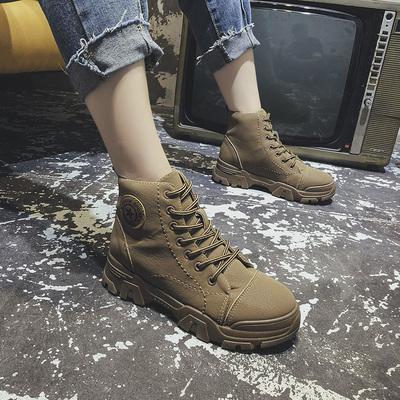 2019新款透气百搭帅气显瘦黑色马丁靴女秋单英伦风中跟机车靴短靴