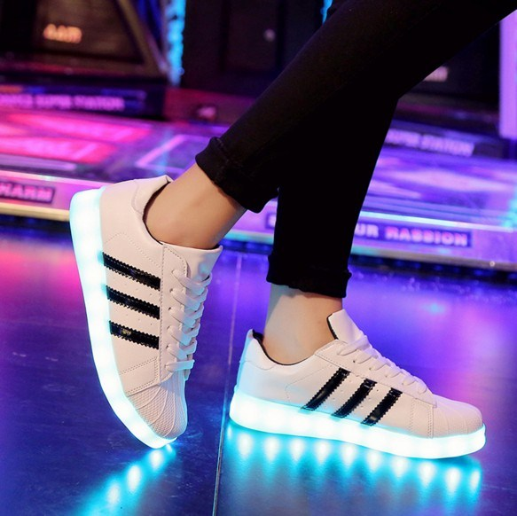Ghost white shoes men and women couples colorful lights luminous spring and autumn fluorescent shoes flashing step shoes sports big children charging
