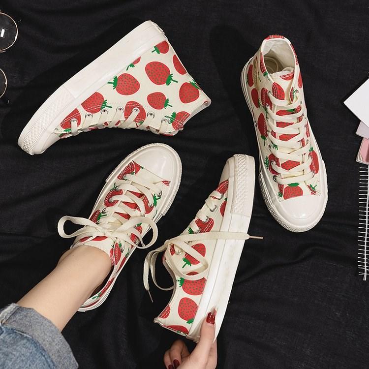 培狮罗草莓板鞋复古港风网红小白鞋