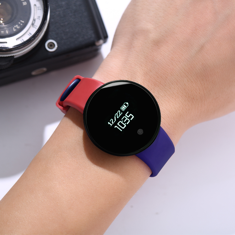 RED AND BLUE [WATERPROOF + CALL REMINDER + SPORTS STEP + VIBRATION ALARM + SLEEP MONITORING + REMOTE CONTROL CAMERA]