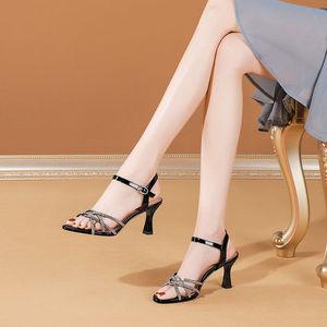 凉鞋女2020年夏季新款仙女风细跟高跟鞋露趾水钻一字带凉鞋58