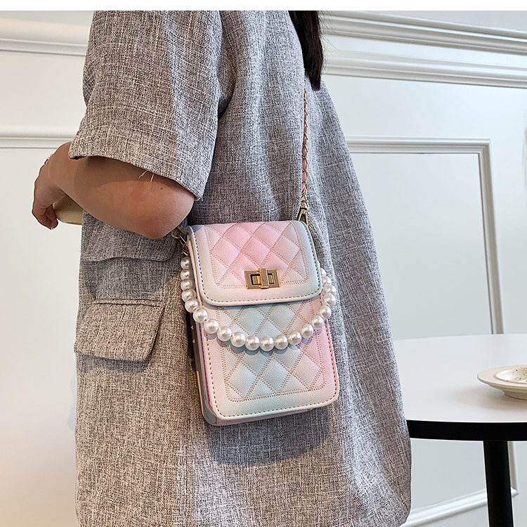 wholesale rhombus pearl chain square messenger bag Nihaojewelry NHAV388744
