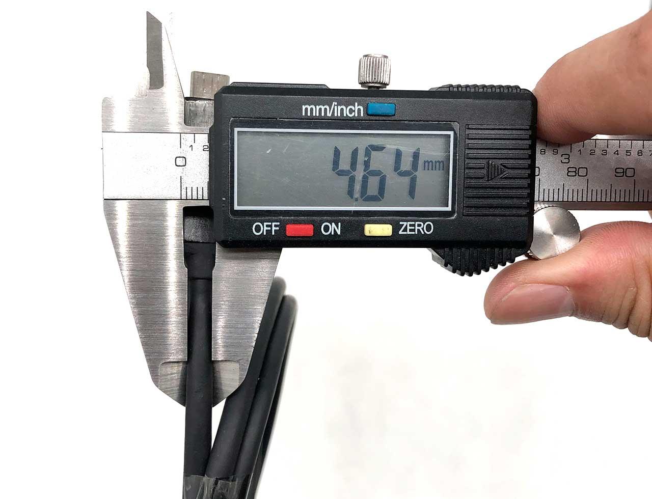惠普HP雷电3数据线40Gbps 120 瓦5A充电Thunderbolt™3 120w 0.7m cable 雷雳3 8K多屏显示器线 PD快充 USB c to usb c 双EMARK芯片SSD硬盘盒高速传输线 L22298-001 SPS:L15812-001