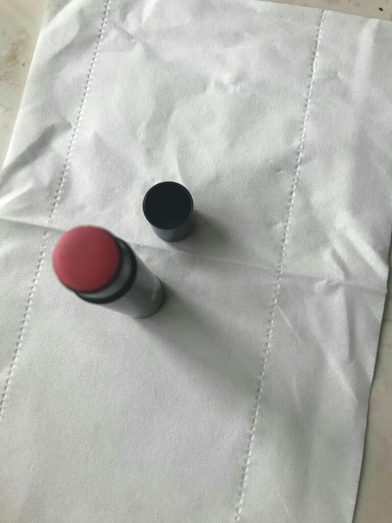曼秀雷敦修色01#自然红唇膏淡彩口红试色测评