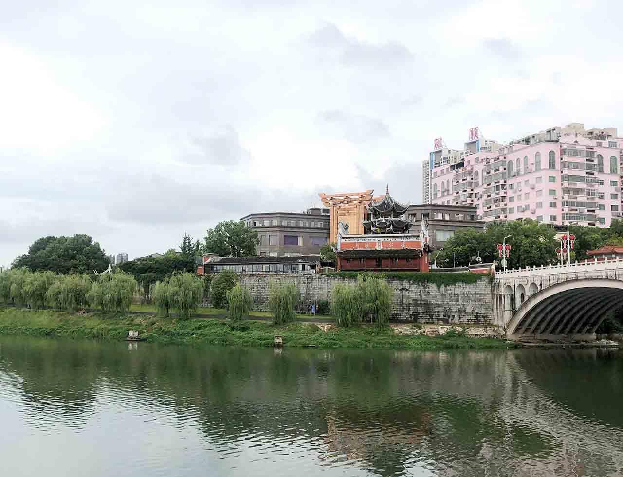 暑假回乡探亲记 第一天 衡阳南岳衡山老观音庙 邵阳北正街古城墙