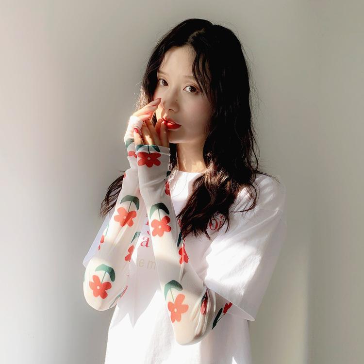 2双晒泫雅女手袖护臂冰丝袖套