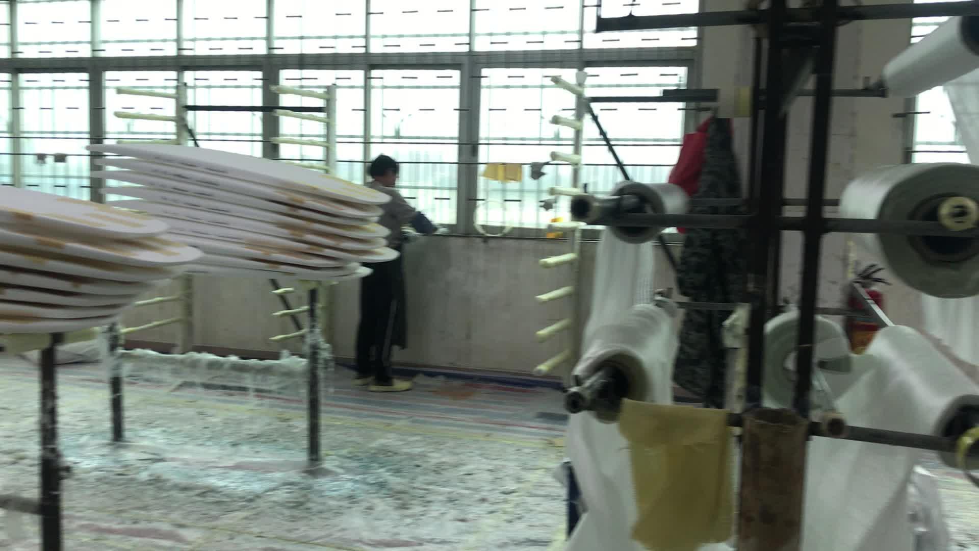2019 OEM EPS Foam Surfboards ไฟเบอร์กลาสที่กำหนดเองกระดานโต้คลื่นอีพ็อกซี่