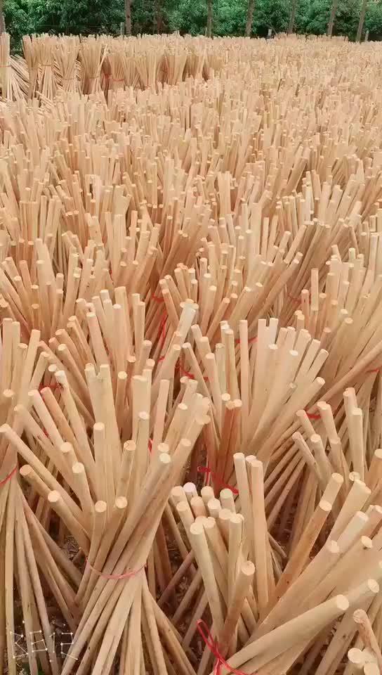 Các nhà sản xuất trực tiếp bán buôn tùy chỉnh công cụ làm vườn chất lượng cao pick axe tay cầm bằng gỗ