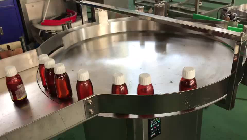 Automatic non-dry glue chubby gorilla bottle labeling machine 60ml