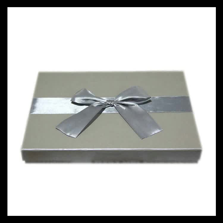 Wholesale paper pillow jewelry gift box