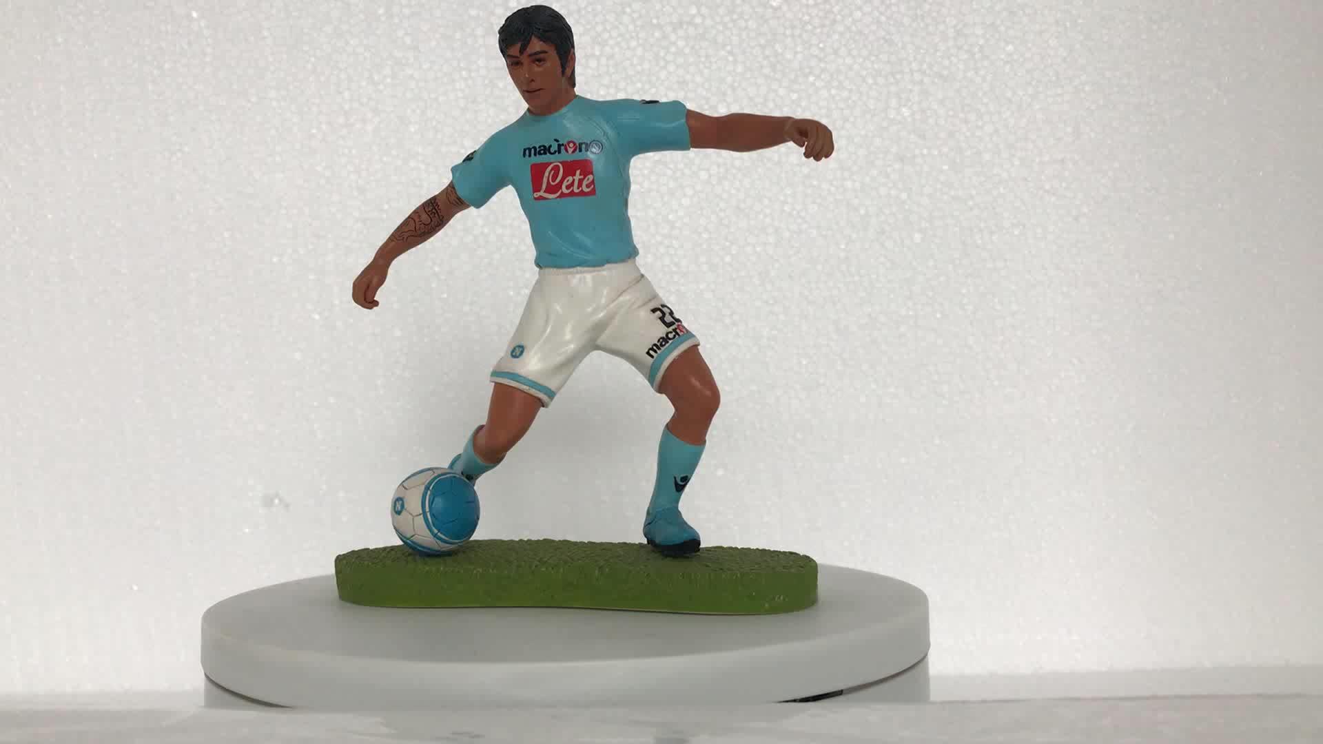 Football player figurine bobble head home ornament