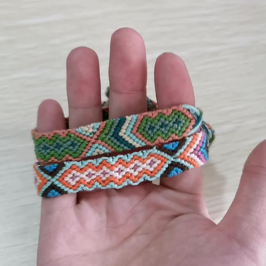 2019 Hot Selling Nepal Bracelet Handmade Rainbow Colorful Rope Braided Thread Friendship Bracelets