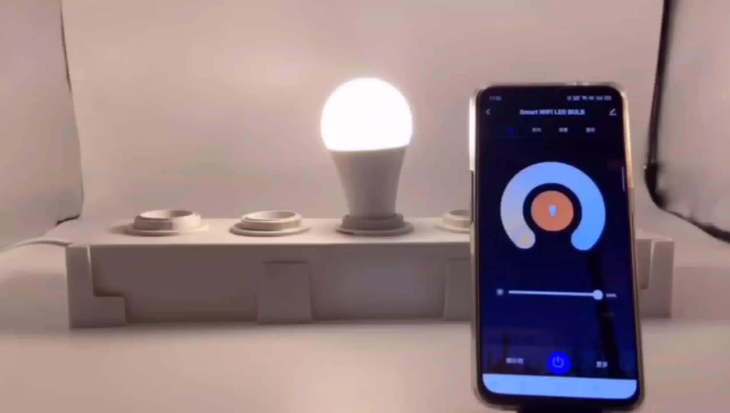 Amazon Vendita Calda 9W ha condotto la lampadina wifi ha condotto la lampadina lampadina intelligente RGBW Compatibile con Alexa e Google Casa