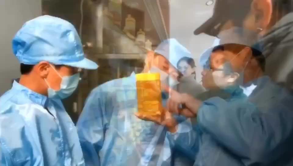 טוב באיכות קטן זכוכית צנצנת אריזה טהור טבעי דבש לעזור לשפר את המערכת החיסונית שלך