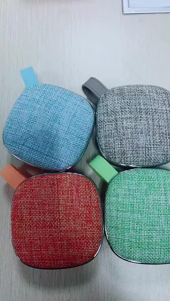 Kain Bluetooth Speaker Dukungan OEM Logo TF Kartu FM Stereo Berkualitas Tinggi Portable Wireless Speaker