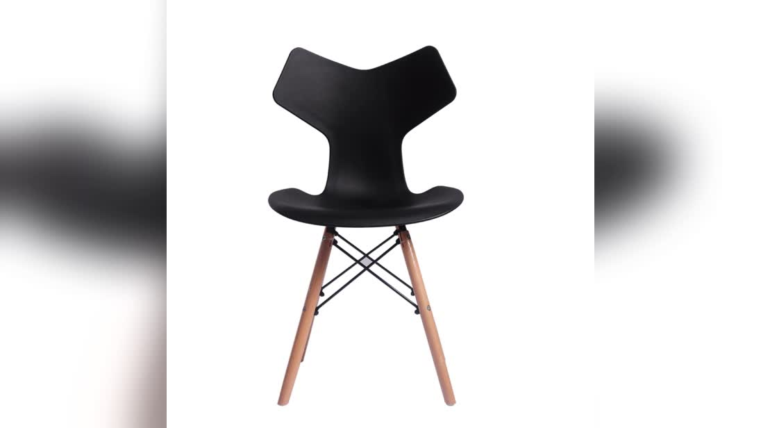 2018 New professional design dining room furniture simple plastic dining chairs for sale