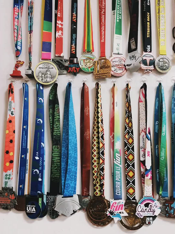 WTD 8 Anos Fábrica Medalha de metal por atacado Crianças Triathlon personalizado medalha de ouro melhor venda de produtos
