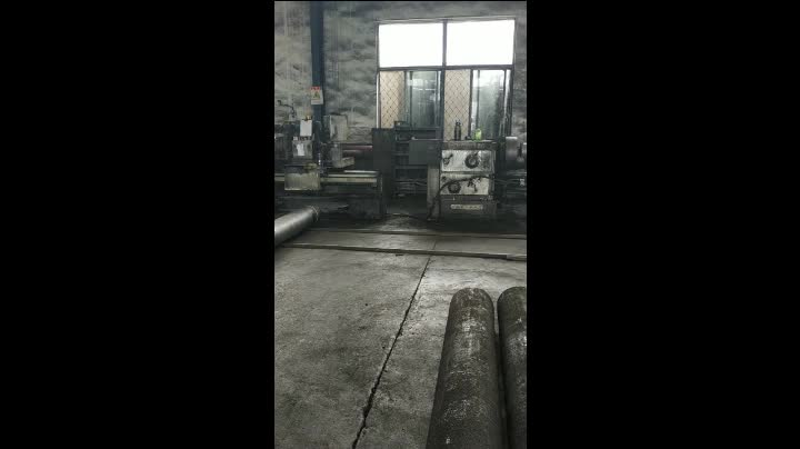 Chinese manufacturer RP 100MM 150MM 200MM 250MM Graphite Electrode Price