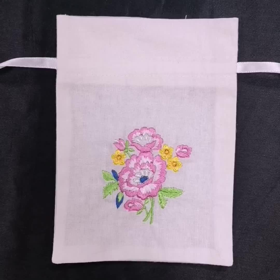 High quality luxury extra large draw string pouches hemp envelop cotton lion embroidered dust bag for jewelry