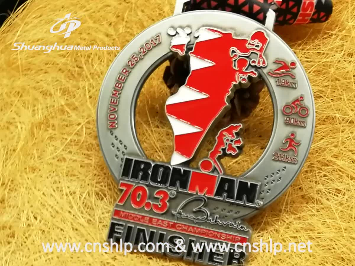 Custom cut out zinc alloy metal antique silver triathlon sports medals for Iron man