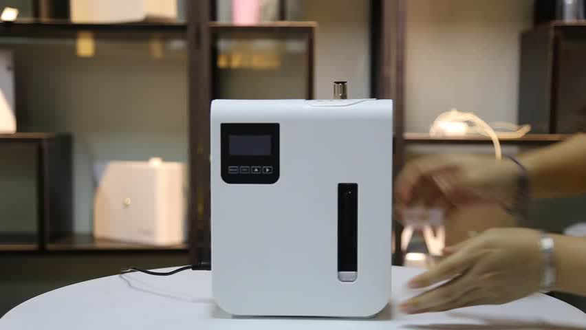 2019 WIFI APP Control Essential Oil Olfactory Diffuser for Store