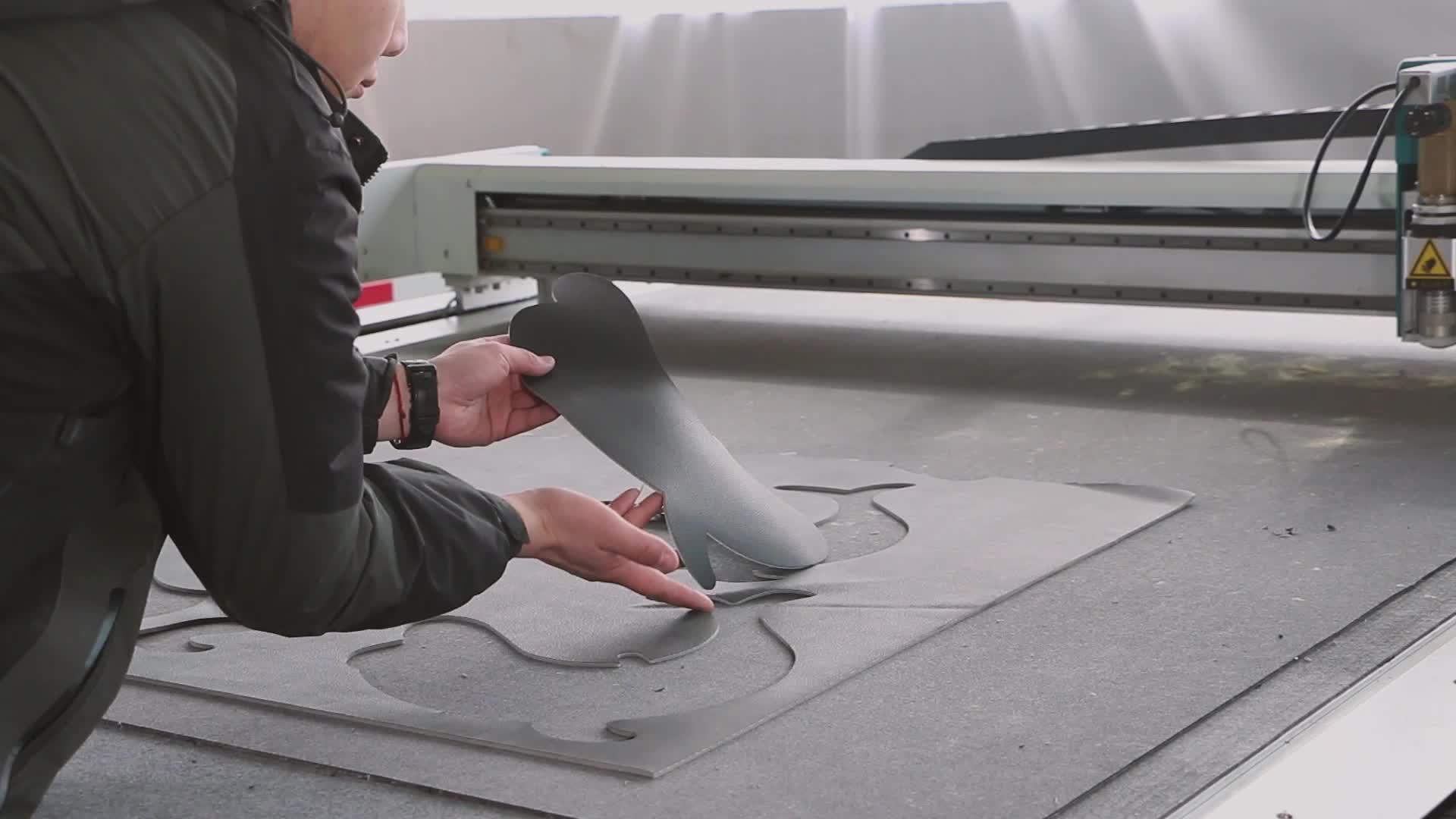 Rabatt Preis AOYOO Mechanische Stoff Teppiche Leder Stickerei Schneidemaschinen Durch Oszillierende Messer