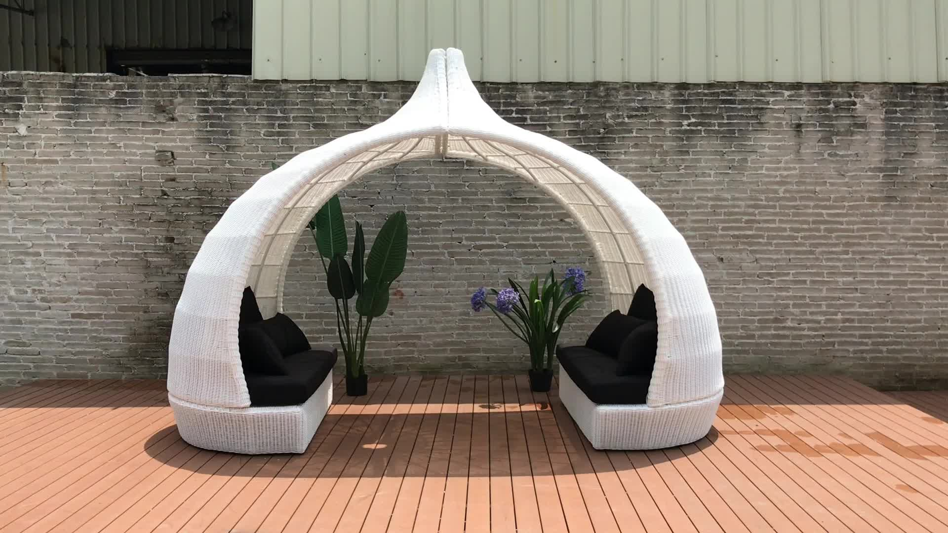 Factory outlets Rattan outdoor beach sunbed daybed with tent canopy queen size rattan sofa with canopy