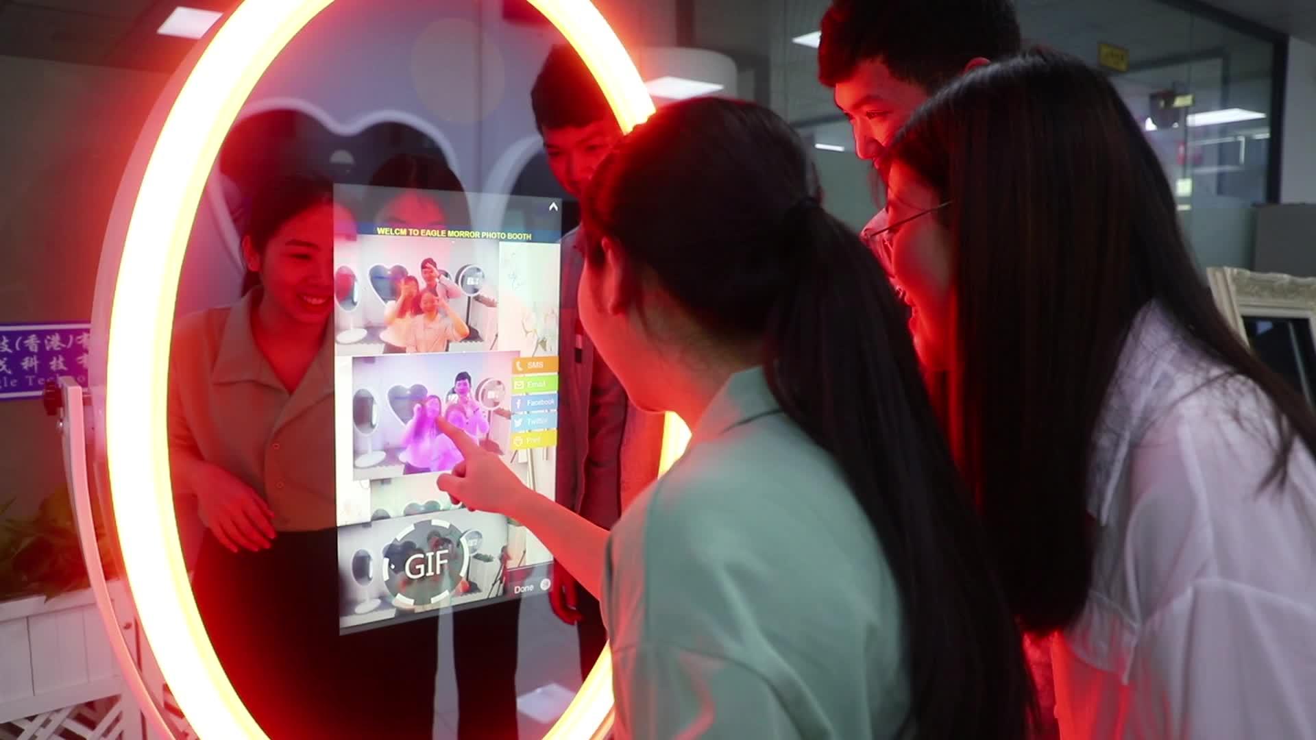 مرآة سحريّة ماكينة غرفة التصوير ، كشك كابينة تصوير محمول ، مرآة سيلفي