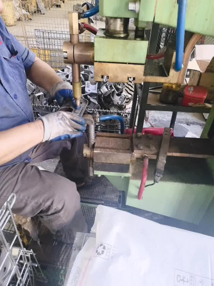 Sac metal kesme parçaları fabrika özel NCT delme damgalı parçalar sac metal parçalar