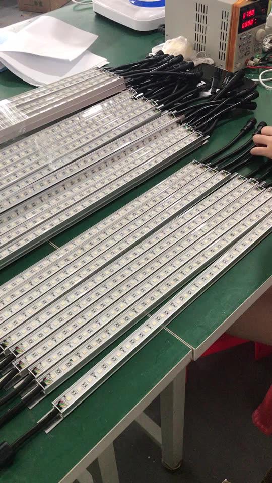 3D Hanging RGB rgbw led vertical rigid tube light bar for Club disco bar