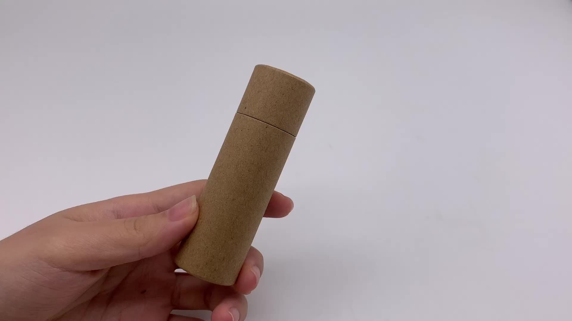 Round Recycled Cardboard Container Eco Push Up Kraft Paper Tubes For Lip Balm Packaging