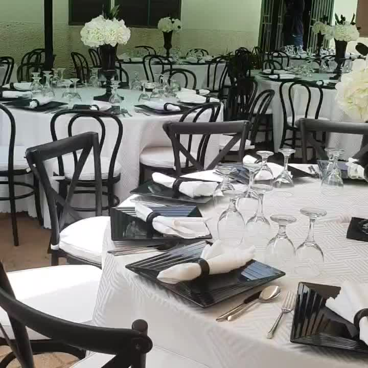Factory wholesale outdoor stackable white wedding dining chair
