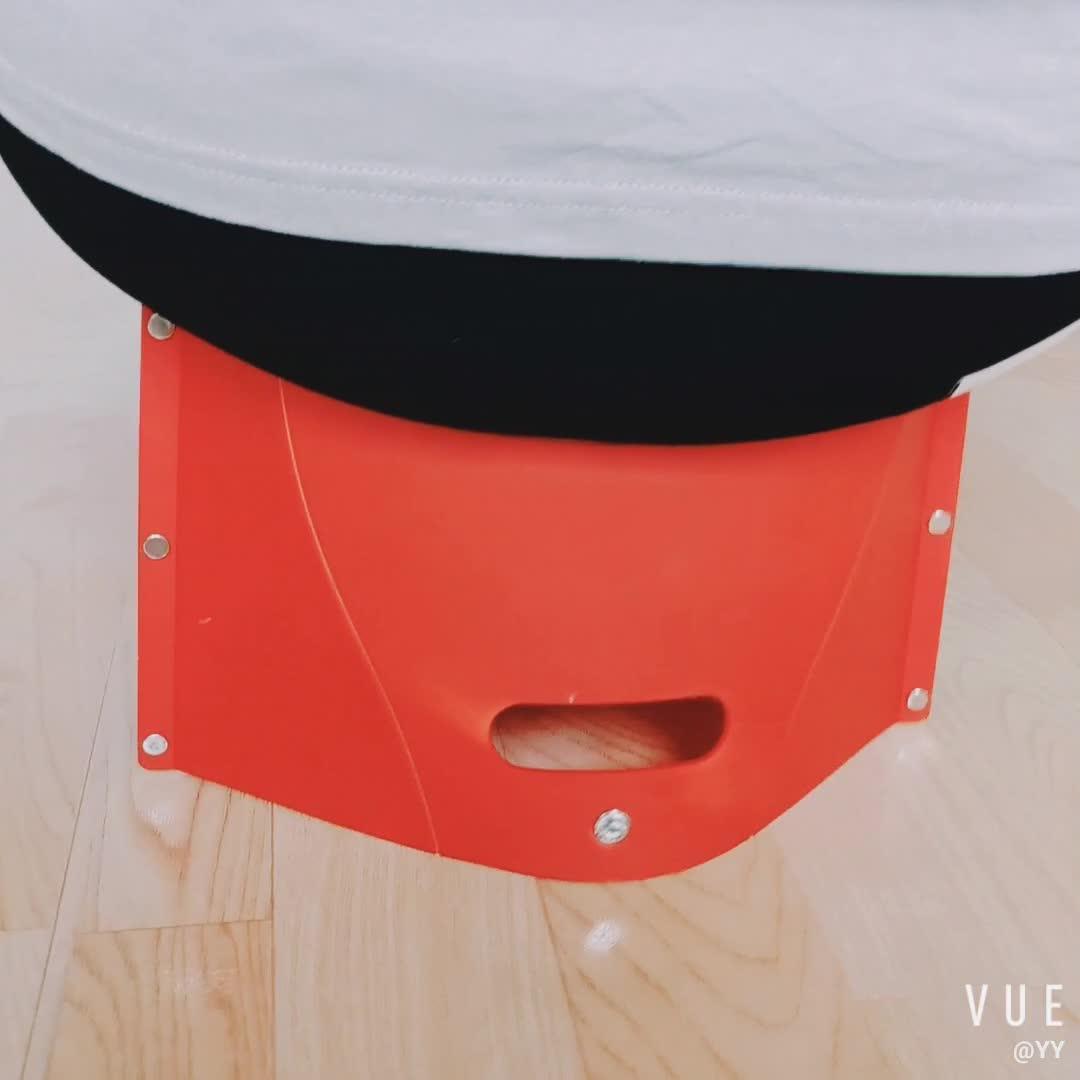 Ultralight Portabel Lipat Camping Stool Luar Ruangan Kustom Desain Mewah Warna Stackable Kursi